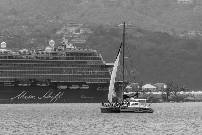 蒙特哥贝,牙买加- 2018年3月19日:米恩希夫游轮在蒙特哥贝,牙买加靠了码头 图库摄影