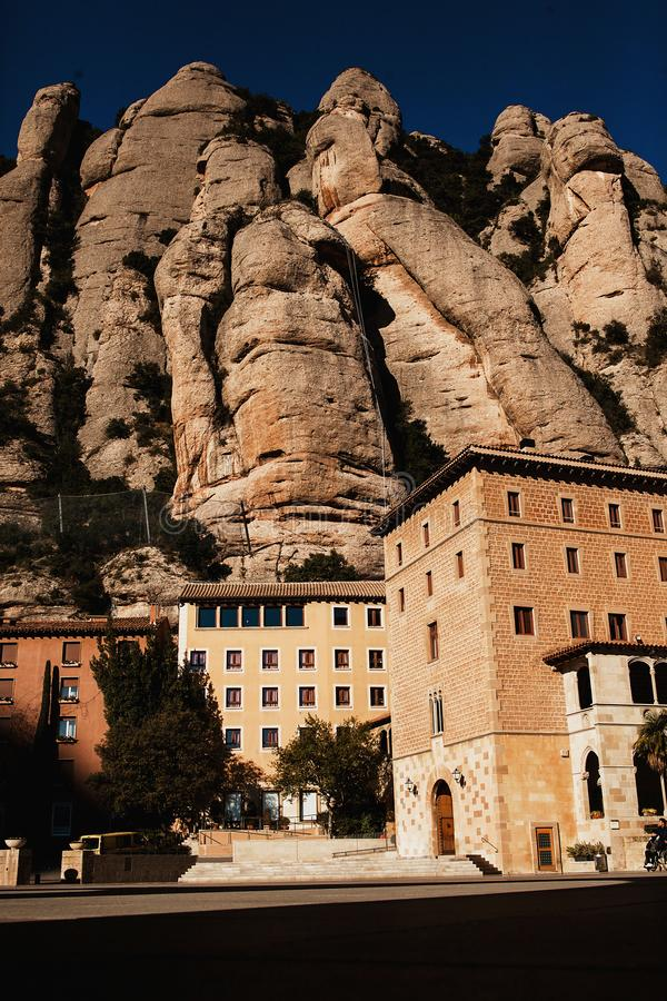 蒙特塞拉特 山的巴塞罗那,加泰罗尼亚修道院 库存照片