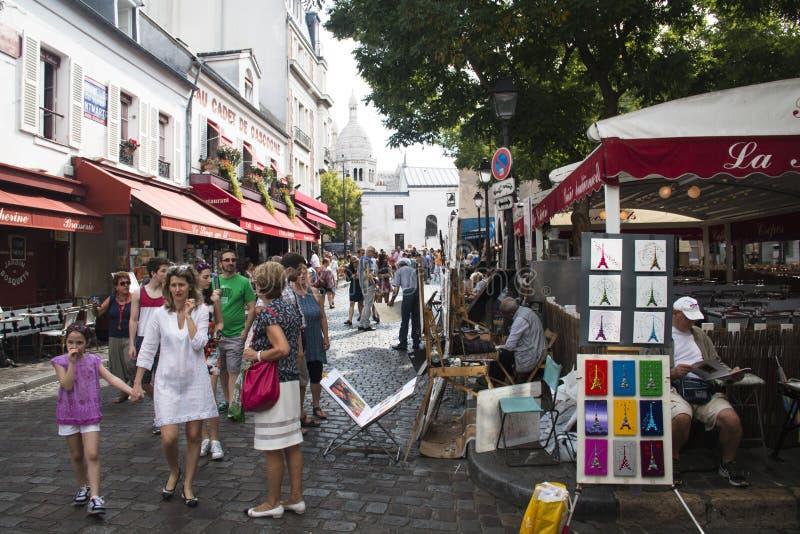 蒙马特的人们在巴黎 图库摄影