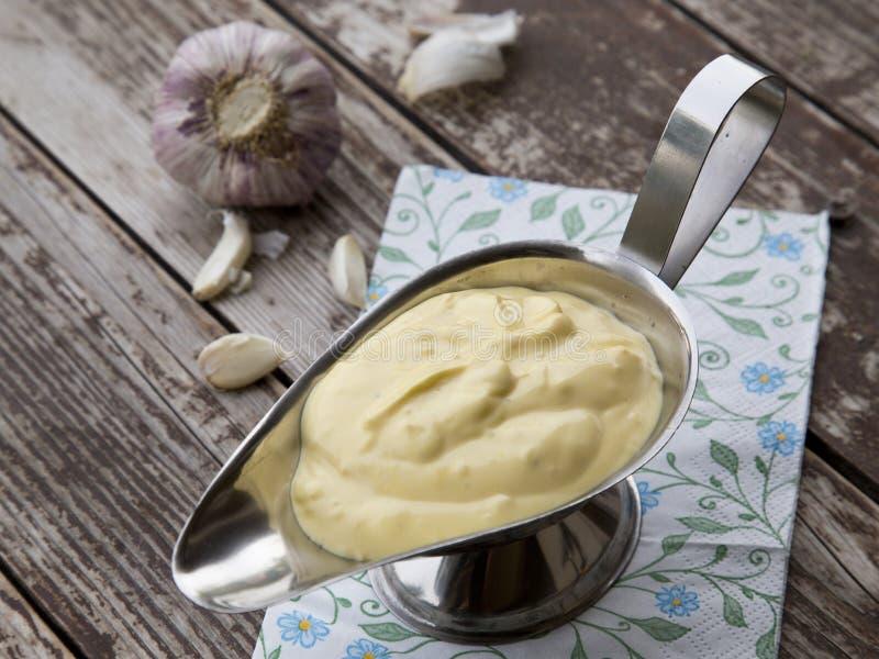 蒜泥蛋黄酱调味汁 免版税库存图片