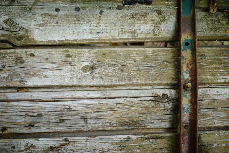 蒸汽低劣的木背景 免版税库存图片