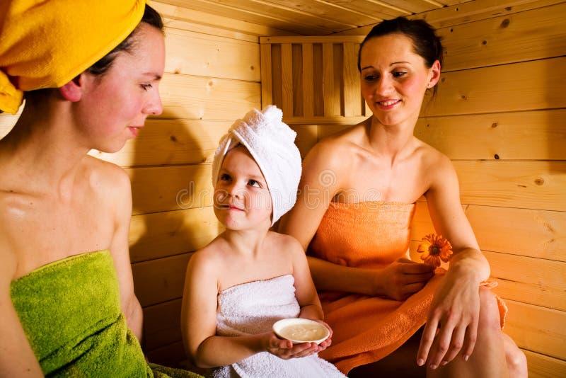 蒸汽浴女孩 库存图片
