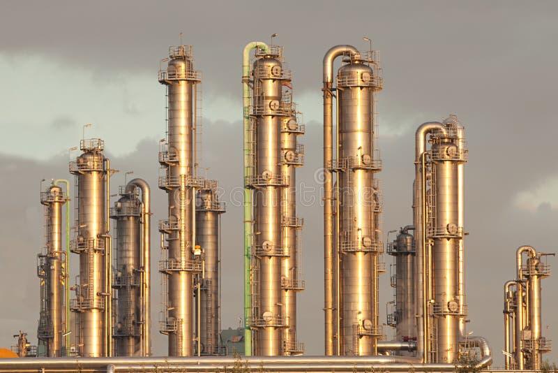 蒸馏行业输油管精炼厂 免版税库存图片