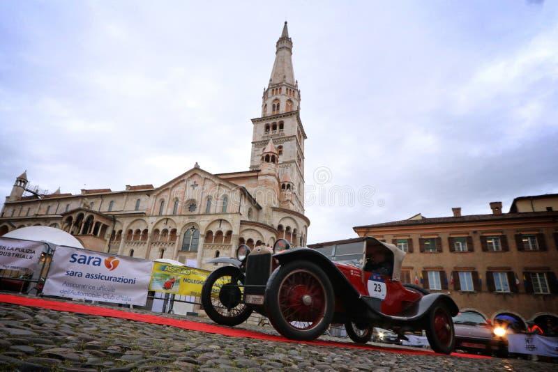 蓝旗亚汽车,Mille Miglia,历史的赛车,摩德纳,2019年5月 库存图片