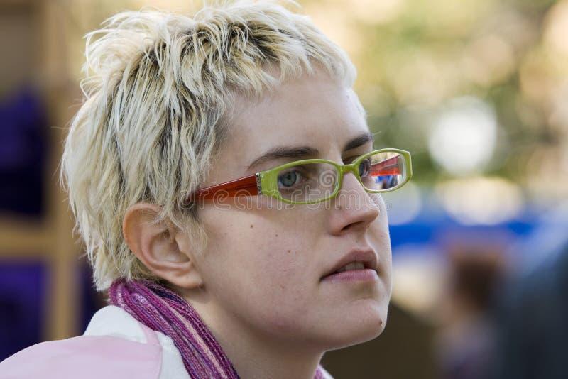 蓝眼睛女孩知识分子 免版税库存照片