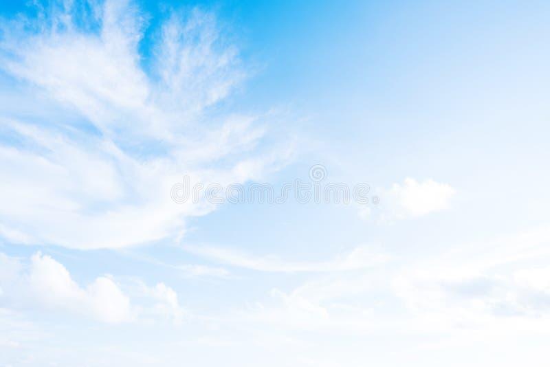 蓝色云彩天空白色 图库摄影