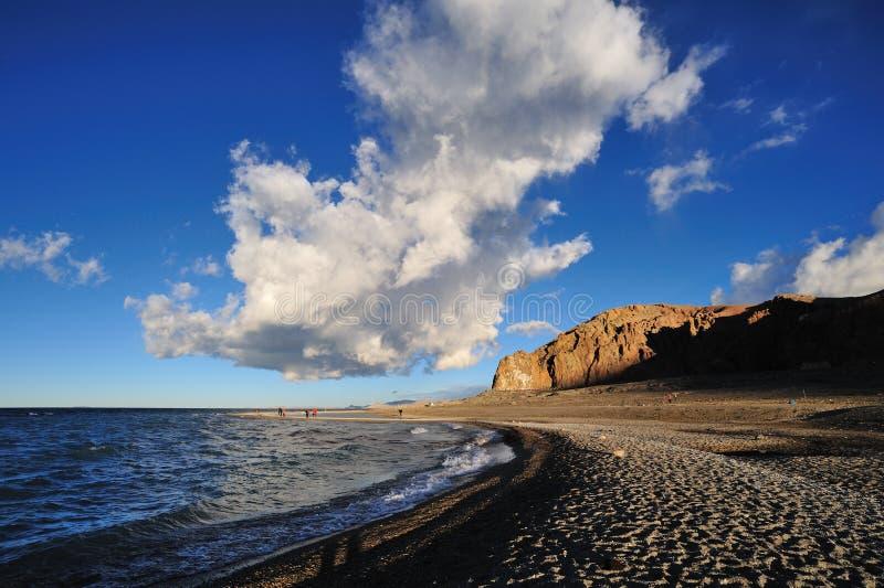 蓝色云彩天空白色 编辑类库存照片