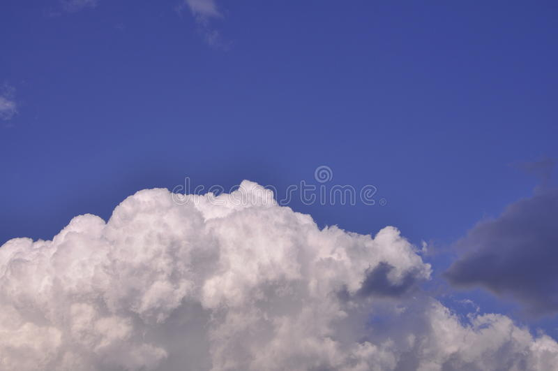 蓝色云彩天空 图库摄影