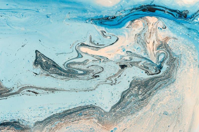 蓝色使有大理石花纹的纹理 与抽象油被绘的波浪的创造性的背景 免版税图库摄影