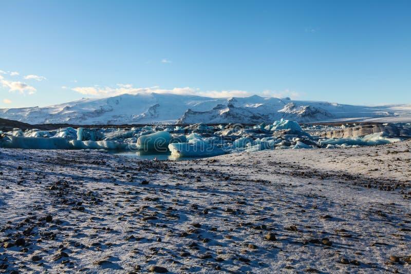 蓝色冰川冰,冰山, Jokulsarlon盐水湖,冰岛 免版税库存图片