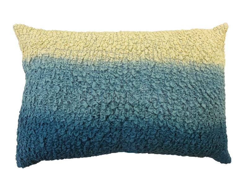 蓝色和奶油色装饰使枕头成波状 免版税库存图片