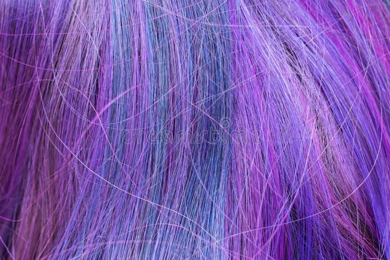 蓝色和紫色色的头发子线 库存照片