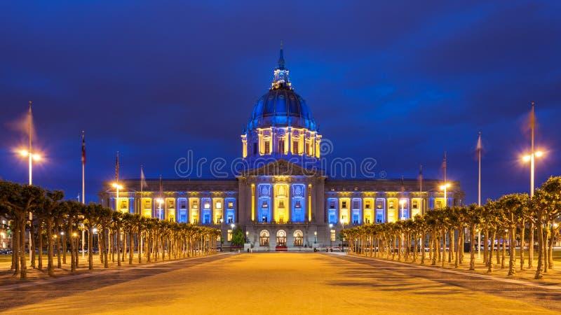 蓝色和金子的旧金山香港大会堂 免版税库存图片