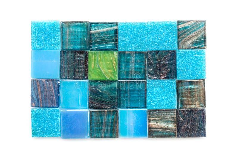 蓝色和绿色玻璃马赛克正方形瓦片 免版税库存照片
