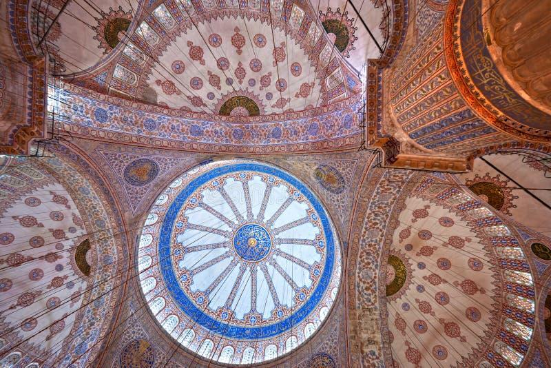 蓝色圆屋顶伊斯坦布尔清真寺 库存图片