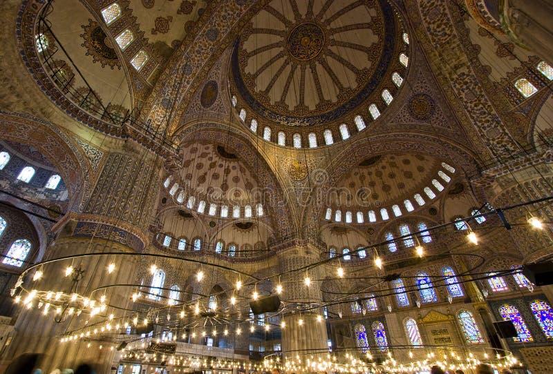 蓝色圆顶内部清真寺 库存照片