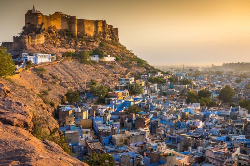 蓝色城市和Mehrangarh堡垒在乔德普尔城 印度 库存照片