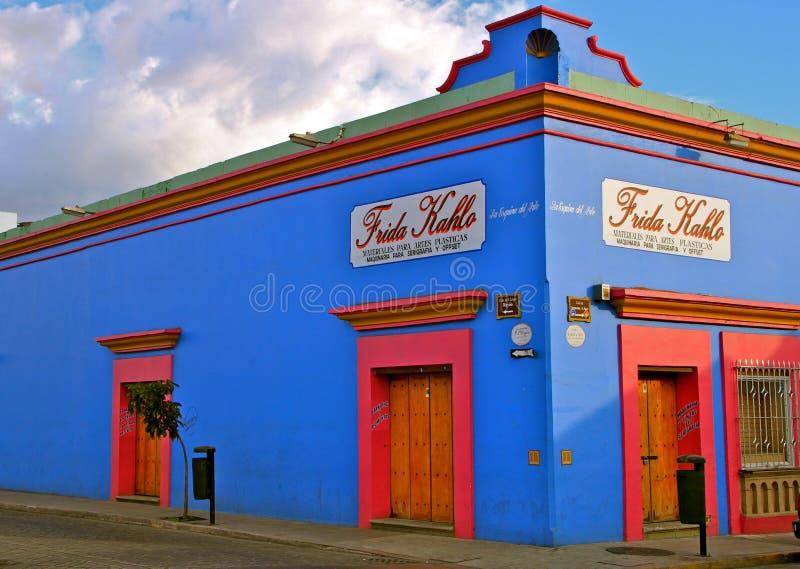 蓝色壁角墨西哥oaxaca街道 图库摄影