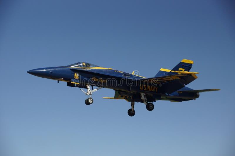 蓝色安赫莱斯的USN F/A-18 D 免版税库存图片
