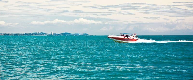 蓝色小船海运 免版税图库摄影