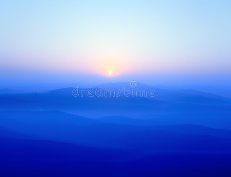蓝色山土坎 库存图片