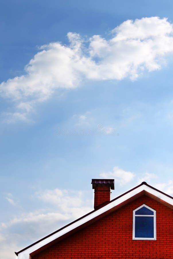 蓝色房子天空 库存图片