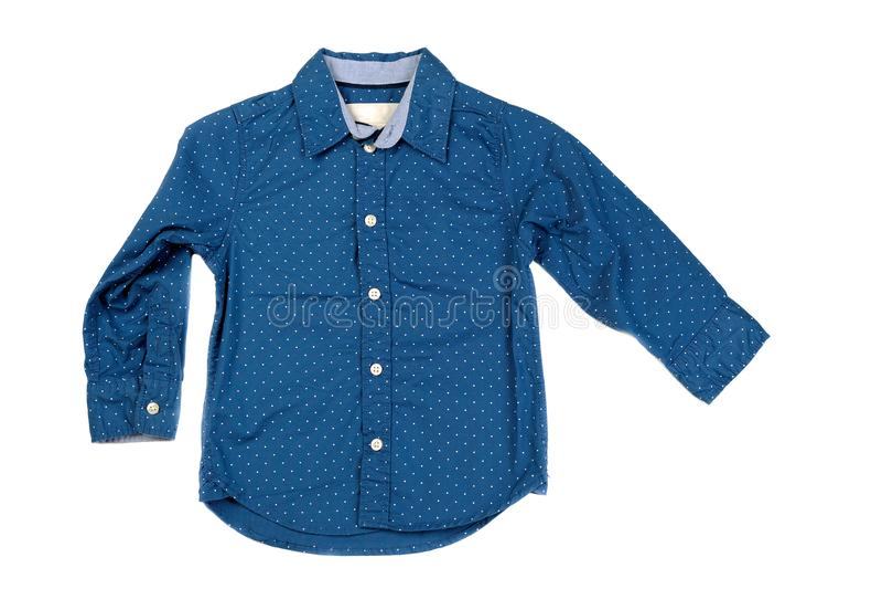 蓝色时兴的人` s衬衣 在白色的孤立 免版税库存照片