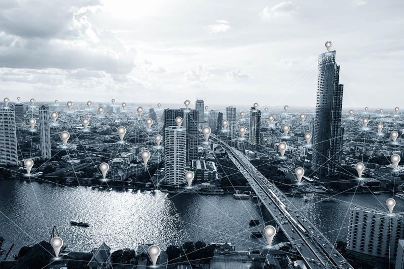 蓝色有GPS象和网络连接的口气聪明的城市 库存图片