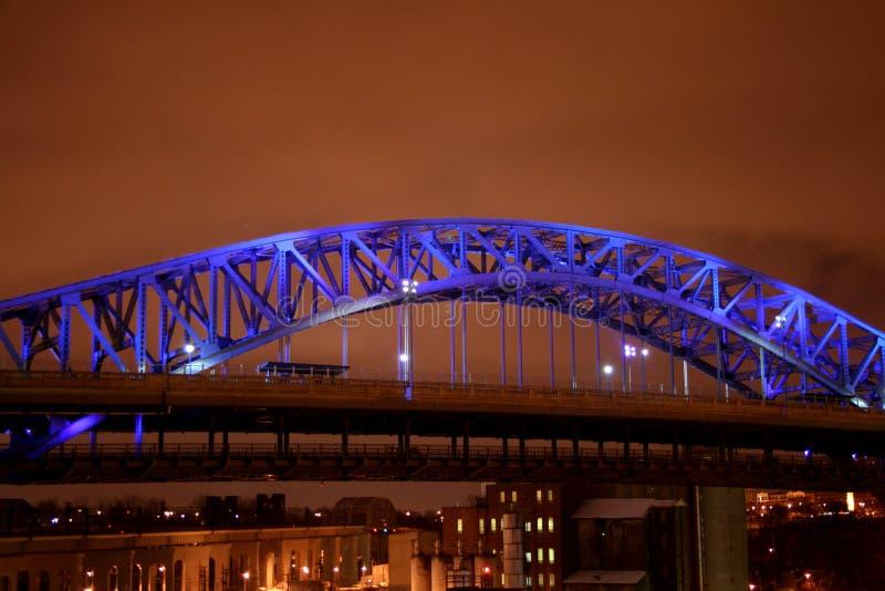 蓝色桥梁 图库摄影