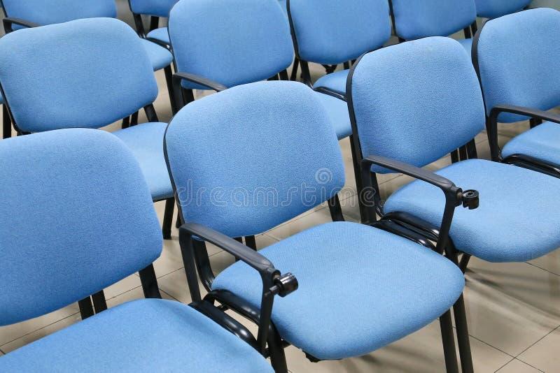 蓝色椅子 免版税库存图片
