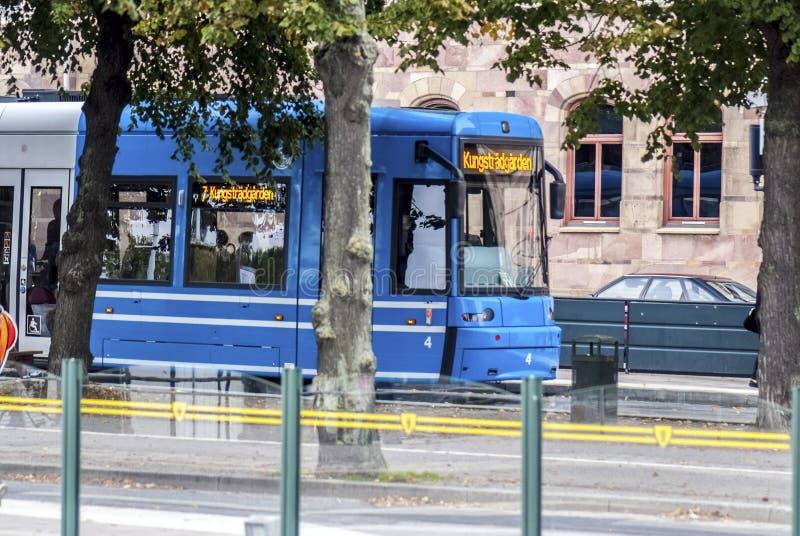 蓝色欧洲电车 免版税库存照片