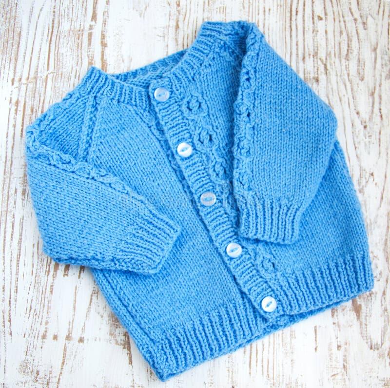 蓝色毛线衣 库存照片