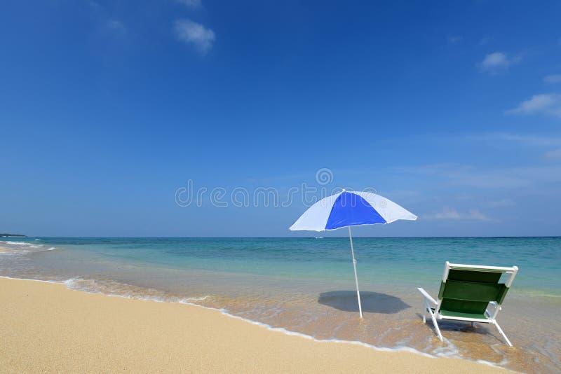 蓝色海和天空在冲绳岛 免版税库存图片