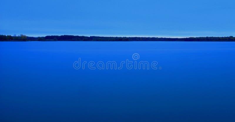 蓝色深 库存图片
