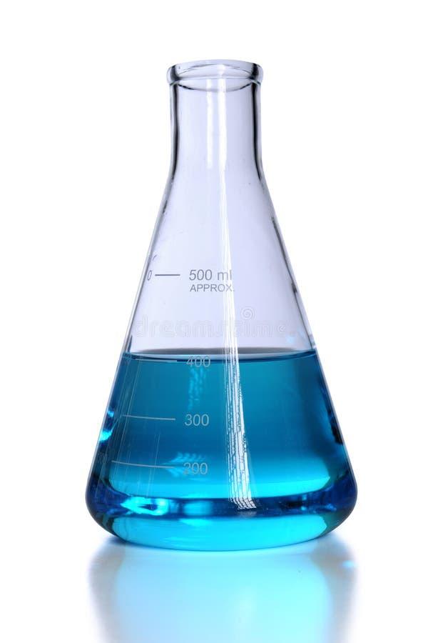 蓝色烧瓶液体 库存图片