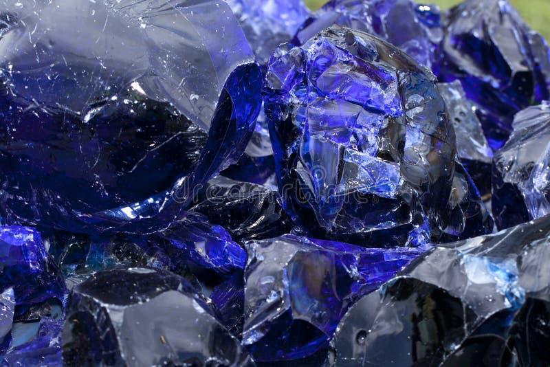 蓝色玻璃炉渣 免版税库存图片
