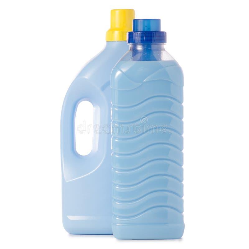 蓝色瓶洗涤剂和调节剂织品软化剂 免版税库存图片