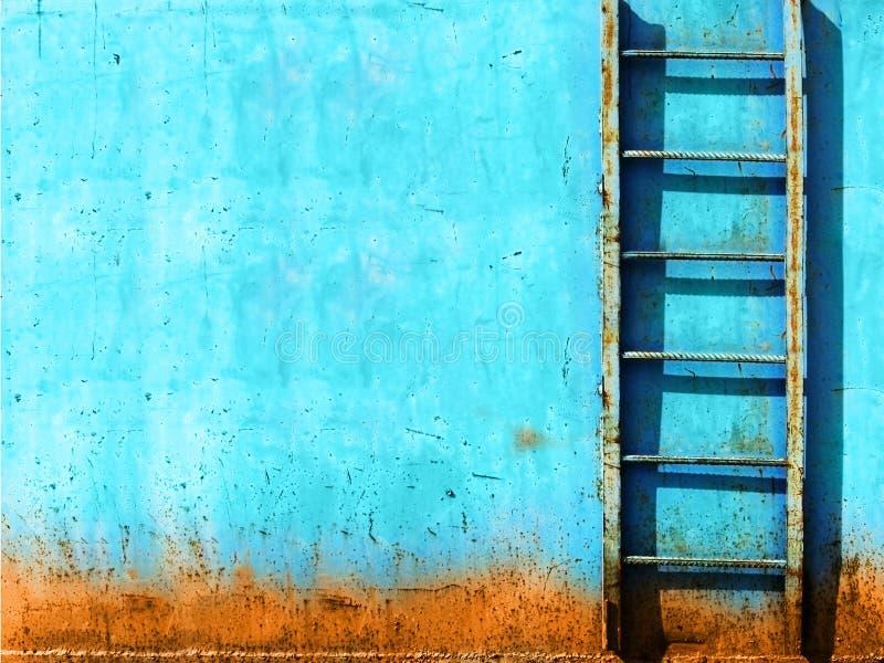 蓝色生锈的楼梯葡萄酒 向量例证