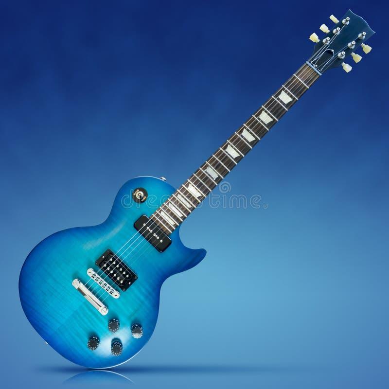 蓝色电吉他 免版税库存照片