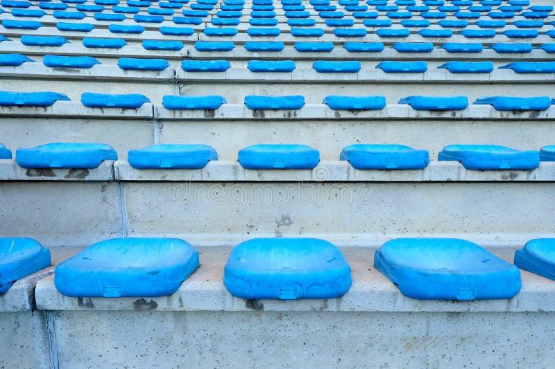 蓝色空位体育场 免版税图库摄影