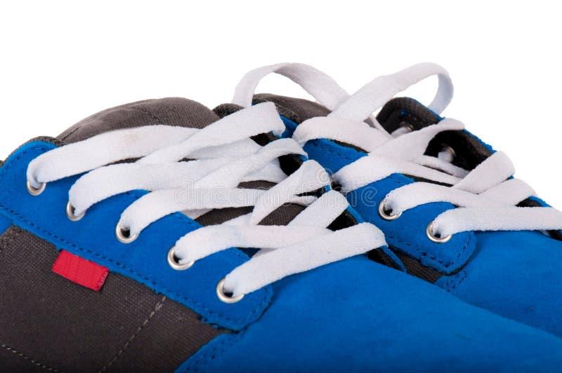 Download 蓝色窃笑 库存图片. 图片 包括有 方式, 英尺, 设备, 鞋类, 冒险家, 查出, 皮革, 详细资料, 空白的 - 30334269