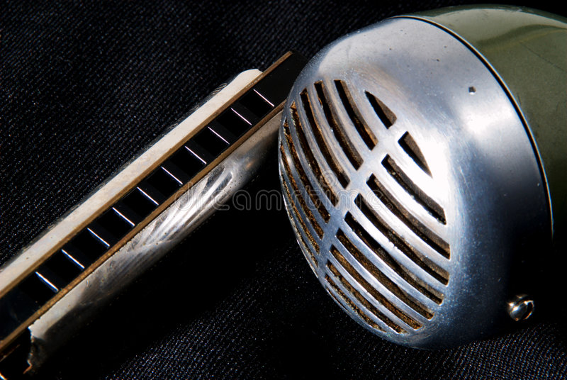 蓝色竖琴mic 库存照片