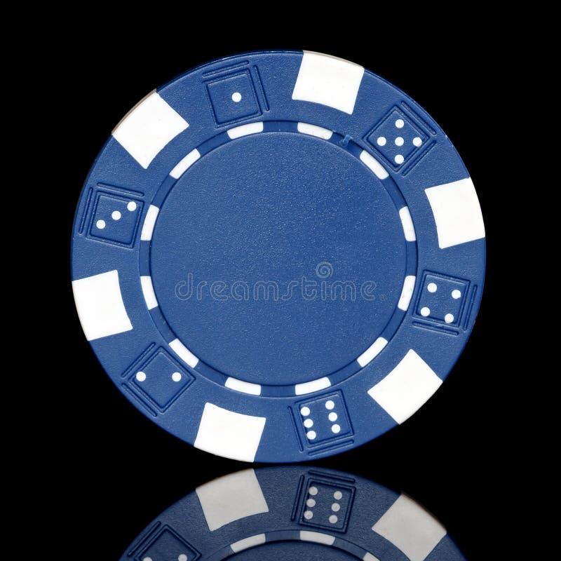 蓝色纸牌筹码 库存图片