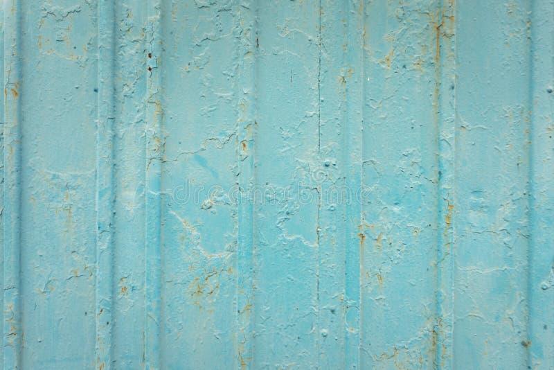 蓝色纹理生锈与在钢墙壁背景的滴水 葡萄酒颜色和葡萄酒样式 库存照片