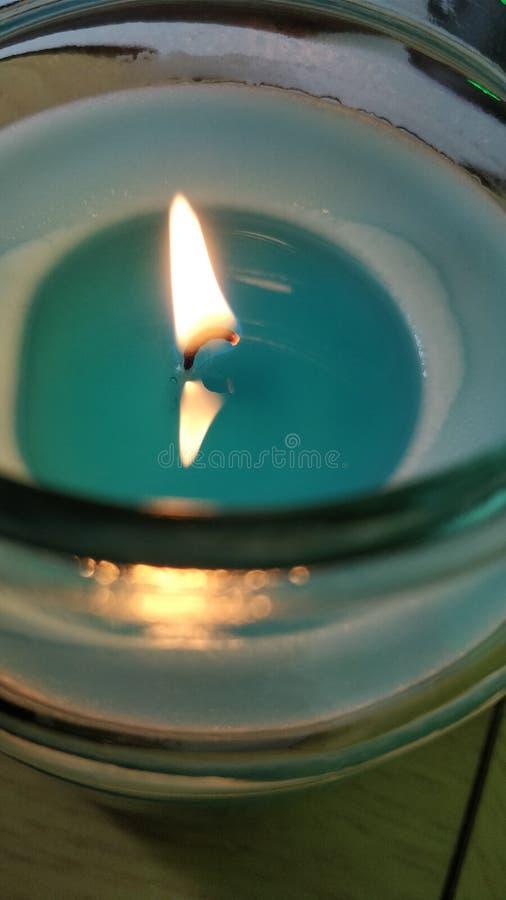 蓝色蜡烛 免版税图库摄影