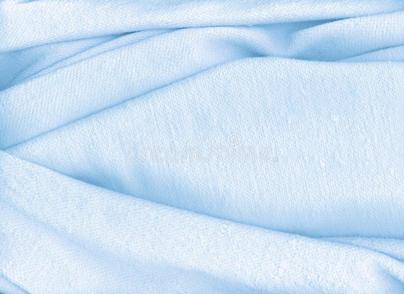 蓝色轻的毛巾 免版税库存照片