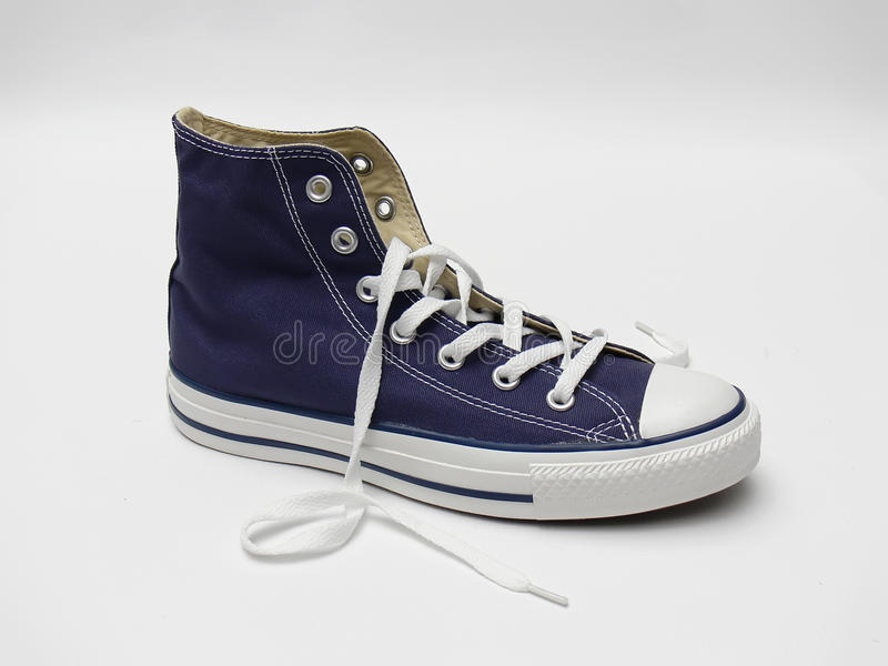 蓝色运动鞋 库存图片
