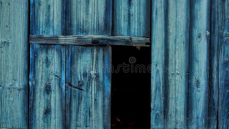 蓝色门和蓝色爱好 免版税库存图片