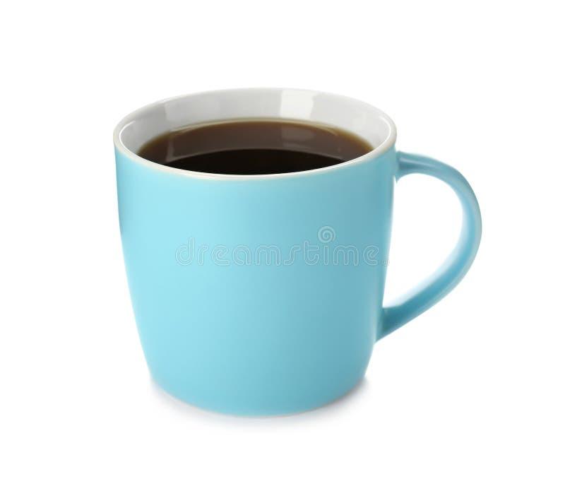 蓝色陶瓷杯子用热的芳香咖啡 免版税库存图片