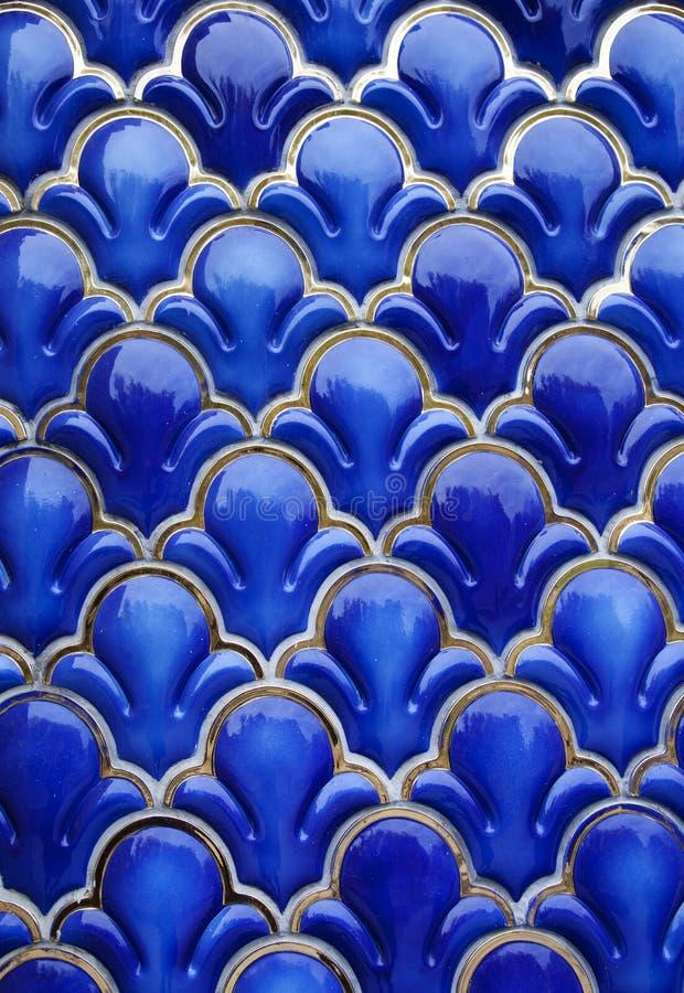 蓝色陶瓷背景 库存图片